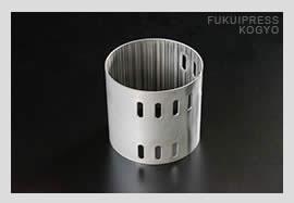 福井プレス工業の巻き加工は、納期短縮、コスト削減の両面からご満足いただけます。
